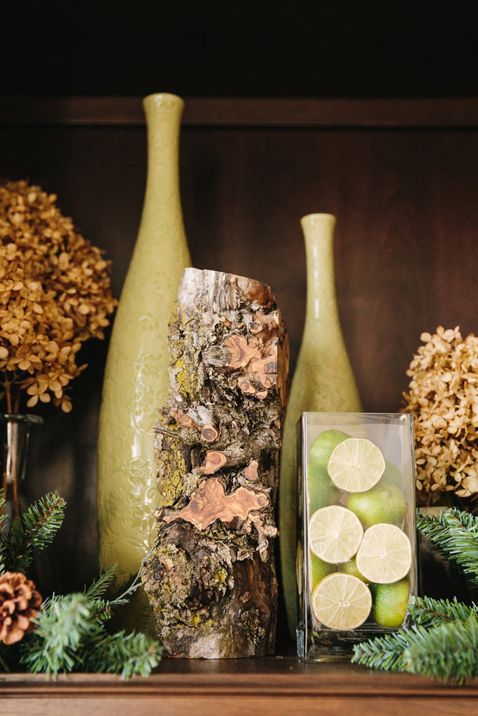 Design for Conscious Living - 5 Beautiful Ways to Decorate with Tree Stumps for Christmas - Cubby